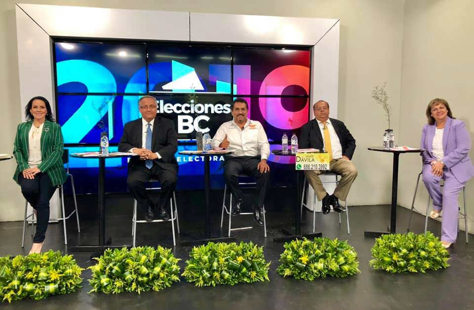 Candidatos (excepto Marina) a la presidencia municipal de Mexicali en el debate del Canal 66.