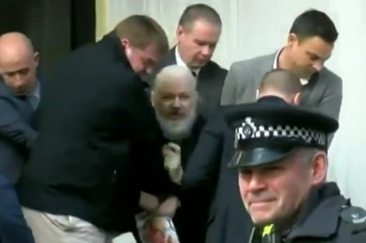 Julian Assange arrestado.