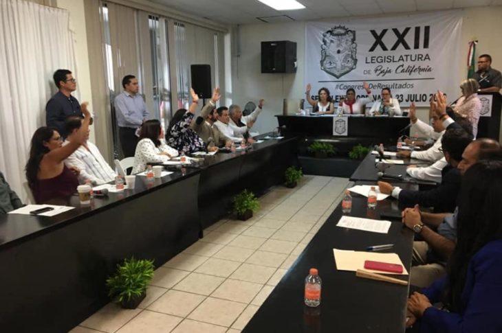Congreso de Baja California en plena sesión en Rosarito.