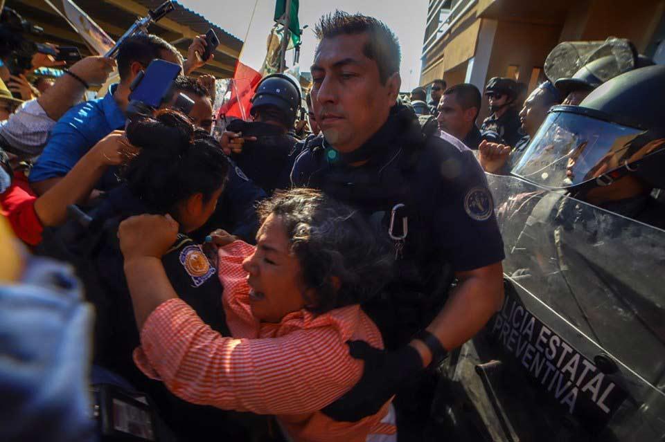 Desalojo de manifestantes.