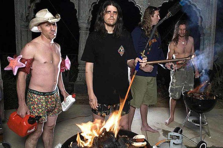 Tool, la agrupación de L.A. California en sesión peculiar de fotos.