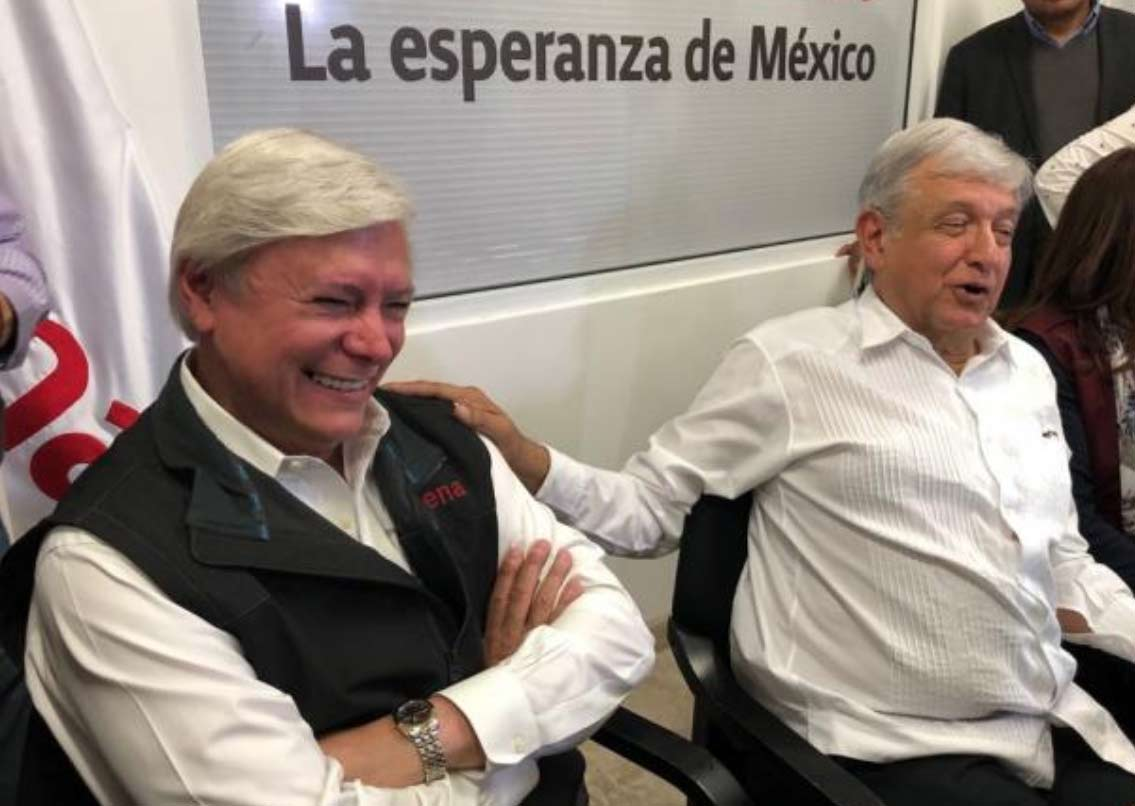 Jaime Bonilla junto con AMLO.