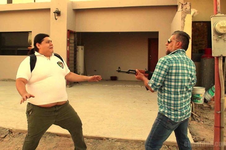 Escena del sketch Fuchi Guacala Power realizado por Humberto Reyes.