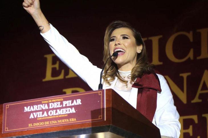 Marina del Pilar en su toma de protesta como presidente municipal.
