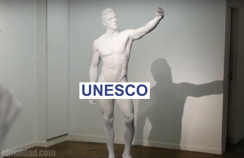 Una de las esculturas de la exposición Memory Of Me.
