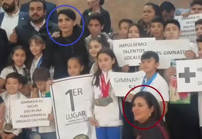Diputada Vásquez y la diputada Cano.