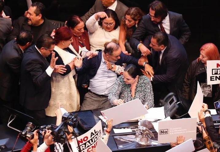 ¿En qué momento Gustavo Madero golpeó a las senadoras?