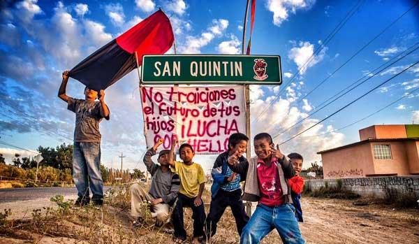 Niños de San Quintín en pie de lucha.