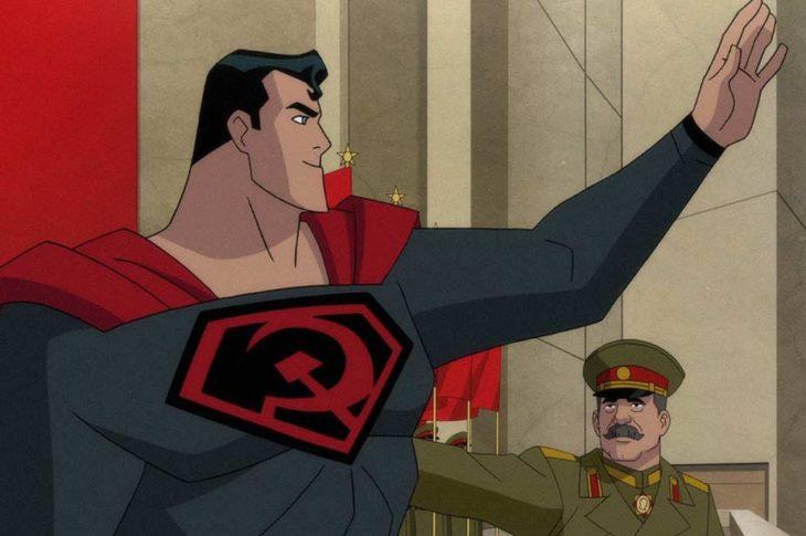 Superman: Hijo Rojo. Escena en que Stalin presenta a Superman ante los medios rusos.