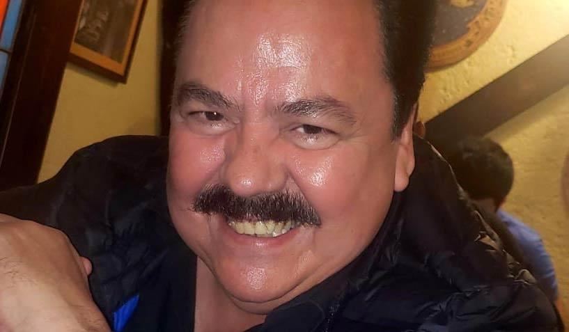 Víctor Islas.