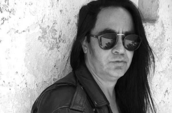 Arturo Huizar, cantante mexicano de Heavy Metal.
