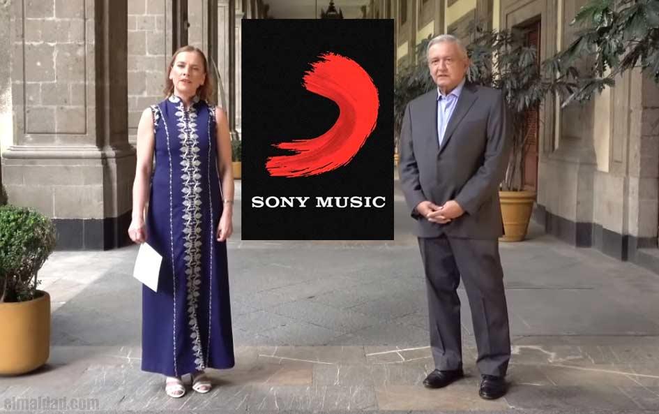 El vídeo de AMLO con su esposa fue bloqueado por Sony.
