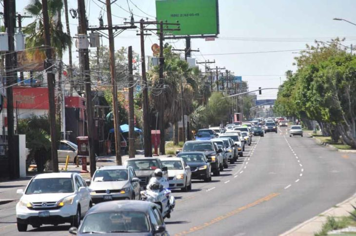 Caravana anti-AMLO en Mexicali. Foto: Rosela Rosillo.