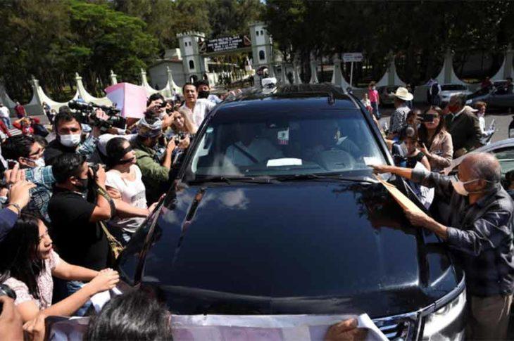 AMLO ignorando a los colectivos de desaparecidos en Veracruz.