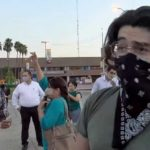 Homofóbicos captados por la cámara de La Voz de la Frontera.