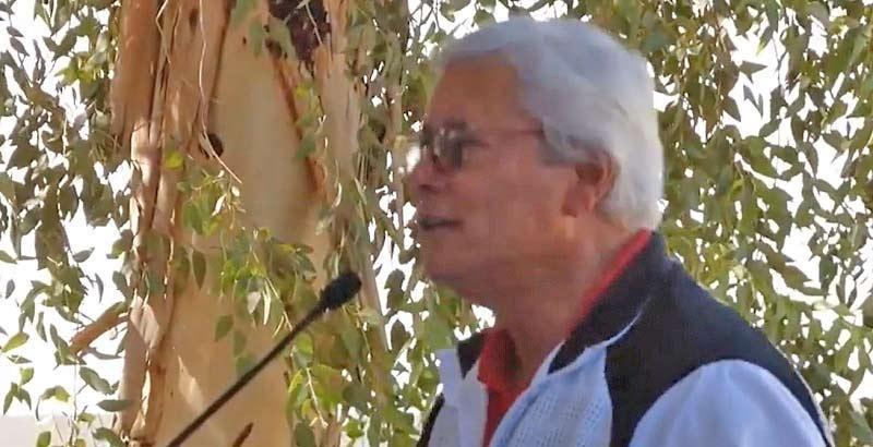 Jaime Bonilla dando discurso en jornada por la paz.