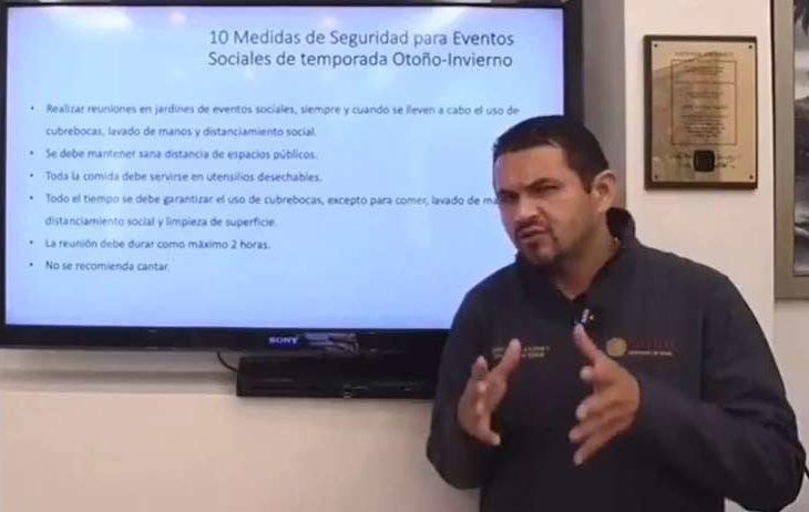 El doctor Pérez Rico exponiendo las recomendaciones.