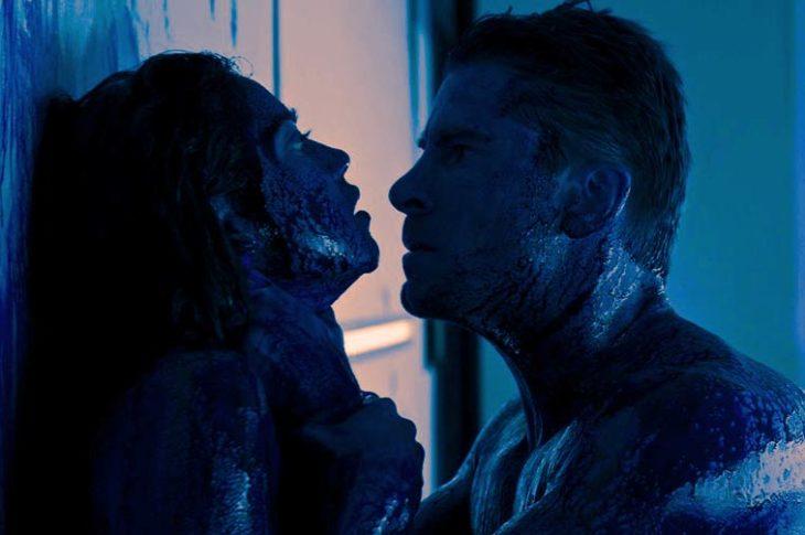 Escena de la película Revenge (2018).