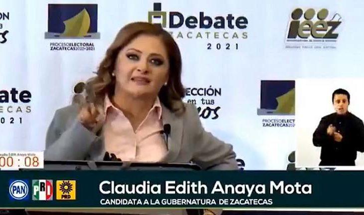 Claudia Edith Anaya en el debate.