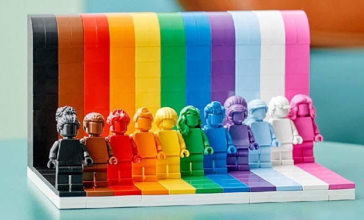 Lego lanza nuevo set: everyone is awesome.
